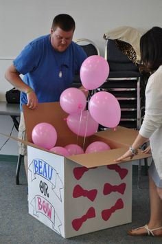 Gender Reveal Party - Balloon Idea!