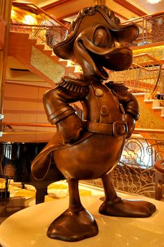 Which is Which? Is This on the Disney Fantasy or the Disney Dream?