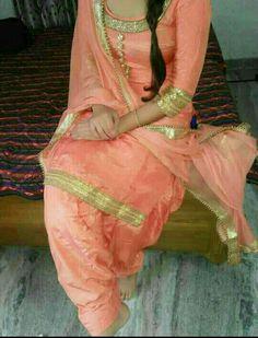Punjabi Girls, Punjabi Dress, Punjabi Suits, Stylish Dress Designs, Stylish Dresses, Indian Wedding Outfits, Indian Outfits, Patiala Salwar Suits, Shalwar Kameez
