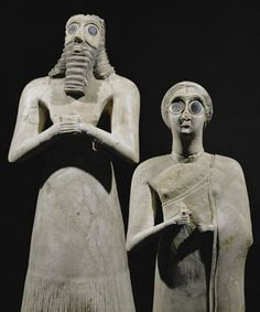 Sumerian statues of awestruck worshippers from Tell Asmar, Iraq.