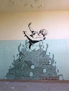 Graffiti con cinta adhesiva: el arte callejero en asfalto y paredes de Buff Diss (FOTOGALERÍA)   Arte Callejero