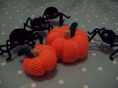 Crochet Pattern - fall pumpkin