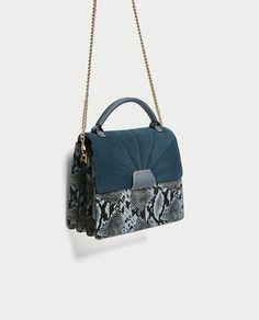 ZARA - SOLDES - SAC DE VILLE EN MATIÈRES VARIÉES AVEC RABAT EN CUIR Fashion Handbags, Purses And Handbags, Fashion Bags, Shoulder Handbags, Shoulder Bag, Ankara Bags, Fab Bag, Girls Bags, City Bag