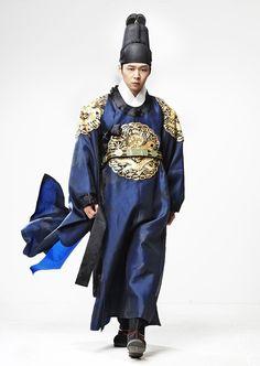 9 Handsome Asian drama royals