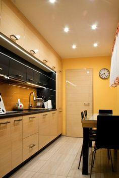 Inainte si dupa - reamenajare functionala pentru o bucatarie de 8 mp- Inspiratie in amenajarea casei - www.povesteacasei.ro