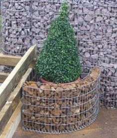 TOP 45 Amazing Gabion Ideas For Your Outdoor Area In 2020 - Engineering Discoveries Cheap Raised Garden Beds, Gabion Wall, Garden Show, Land Scape, Backyard Landscaping, Garden Furniture, Outdoor Gardens, Garden Design, Fence Design