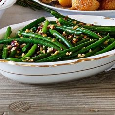 Wondering what to cook for veggies this Christmas? Try our festive, triple-tested vegetarian recipes, for the perfect meat-free dinner. Vegetarian Christmas Recipes, Vegetarian Main Dishes, Vegetarian Soup, Vegetarian Recipes, Veggie Christmas, Christmas Lunch, Christmas 2019, Christmas Ideas, Best Christmas Cake Recipe