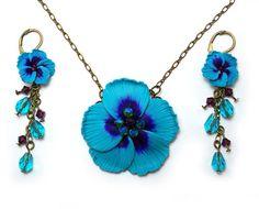 Hibiscus Jewelry Set  Vintage Style Blue by strandedtreasures, $96.00