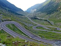 Day Trip to Transfagarasan Road and Dracula's Fortress Poienari from Bucharest in Romania Europe Places To Travel, Places To See, Motorcycle Travel, Motorcycle Rides, Dangerous Roads, North Carolina Homes, Smoky Mountain National Park, Winding Road, Great Smoky Mountains