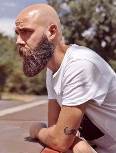 - Beard Tips Bald Men With Beards, Bald With Beard, Great Beards, Long Beards, Awesome Beards, Beard Game, Epic Beard, Beard Cuts, Bearded Men