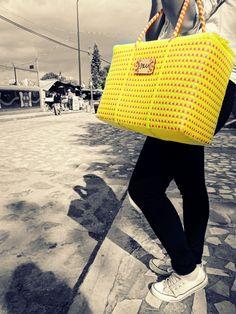 lleva el color ix u a todos lados bolsos artesanales 100% tejidos a mano de venta aqui https://www.facebook.com/ixu.mexico contacto: 2224550439