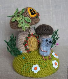 """Купить Игольница """"Домовитая мышь"""" - игольница, игольница вязаная, мышка вязаная, мышка, мышь"""