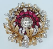 Boucher Red Rhinestone Flower Pin Brooch--- fabulous brooch - in fashion again, attached to pearl strands necklace