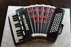 3D Guerrini Accordion cake.
