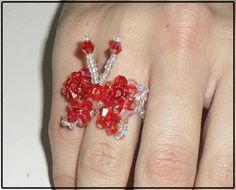 aneis lindos feito em imitação de swarovski! R$ 7,00