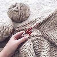 Knitting Stiches, Knitting Yarn, Free Knitting, Knitting Patterns, Crochet Patterns, Form Crochet, Knit Crochet, Drops Design, Diy Clothes