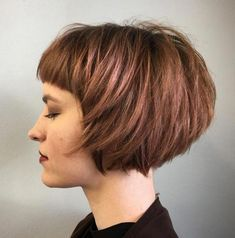 60 Best Short Bob Haircuts and Hairstyles for Women - Short Layered Rosewood Bob - Short Bobs With Bangs, Bobs For Thin Hair, Bob Haircut With Bangs, Layered Bob Hairstyles, Short Hair Cuts, Short Hair Styles, Haircut Short, Haircut Styles, Hairstyles Haircuts