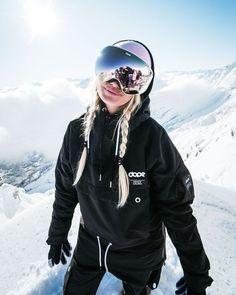 Style Snowboard, Snowboarding Style, Snowboard Girl, Snowboarding Women, Snowboarding Jackets, Women's Jackets, Ski Outfits, Winter Outfits, Fashion Outfits