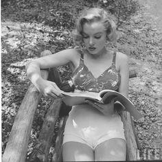 marilyn monroe by edward clark, august 1950