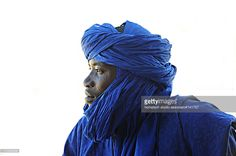 Touareg- another one of those hotties in the look dont touch category Africa Tribes, Tuareg People, Islamic Art Pattern, Country Women, Portraits, White Aesthetic, Ivory Coast, Dreadlocks, Instagram