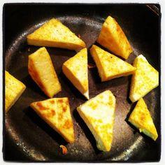 how to dry-fry tofu :: tutorial at urbanvegan.net