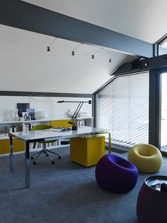 View full picture gallery of Huf Haus Weybridge