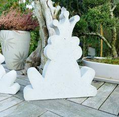 Gartenfiguren - 2 fach Betongießform  Froschkönig 26 x 24 cm - ein Designerstück von Beton-Design-AngR bei DaWanda