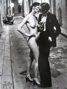 Helmut Newton, (Le Smoking, YSL, 1975) www.fashion.net