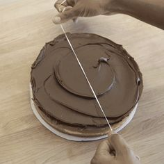 cake-dental-floss-how to efficiently cut a cake with dental floss
