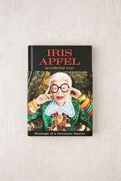 Slide View: 1: Accidental Icon By Iris Apfel