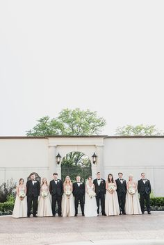 Champagne and gold wedding color palette. Classic, elegant Grosse Pointe War Memorial wedding with an old Hollywood feel and lots of romance by Kari Dawson Photography.