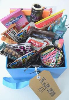 new job survival kit - cubicle survivor kit - going away gift - coworker gift - gift box The Adorned Life New Job Survival Kit, Survival Kit Gifts, Office Survival Kit, Survival Gear, Farewell Gift For Coworker, Farewell Gifts, Farewell Parties, College Gift Baskets, College Gifts