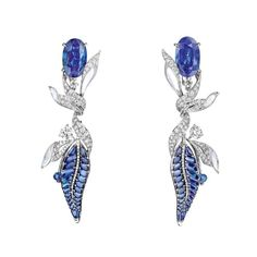 Firmament apollinien earrings in white gold with Burmese sapphire…