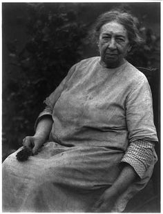 woman with dahlias (doris ulmann, appalachian portraits, c1930)