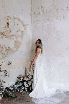 The Riviera floral lace wedding veil is a heavily embellished veil in soft ivory tones. Perfect for striking silhouettes and wedding gowns. Wedding Hair Flowers, Headpiece Wedding, Floral Wedding, Wedding Dresses, Lace Wedding, Bridal Looks, Bridal Style, Cathedral Wedding Veils, Cherry Blossom Wedding