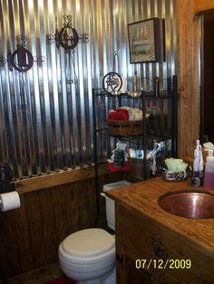 -Old Western Saloon Style Bathroom, Ol' time bathroom with clawfoot tub ...