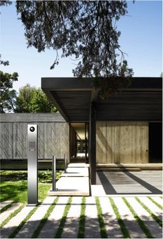 Free standing Siedle steel pedestal including a camera and speaker. Architectural Section, Intercom, Home Gadgets, Outdoor Living, Outdoor Decor, Access Control, Door Design, Architecture Details, Pedestal