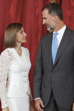 Queen Letizia of Spain Photos - Spanish Royals Host a Lunch For President of Romania - Zimbio