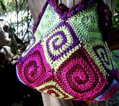 spiral bag crochet pattern...........use translator