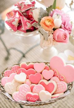 A Shallow Bowl of Valentine Heart Shaped Cookies * from Ana Rosa Valentine's Day Sugar Cookies, Heart Cookies, Cute Cookies, Baby Cookies, Easter Cookies, Christmas Cookies, Pink Cookies, Valentines Day Cookies, Valentines Day Party