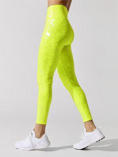 NEON IRIDESCENT HIGH RISE 7/8 LEGGING Workout Attire, Sports Leggings, Workout Tops, Iridescent, Neon, Crop Tops, Stylish, My Style, Fitness Outfits