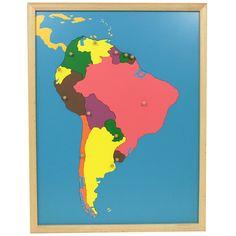 Puzle de madera con marco con diseño de América del Sur, para que los niños aprendan sus diferentes países. Cada pieza se puede manipular para extraer del puzle y volver a colocar gracias a unbotón de agarreque incluye. Este material de lametodología Montessori,es perfecto para que, en una primera etapa los niños jueguen a realizar el puzle desarrollando así la motricidad fina y la coordinación de mano y ojo. Más adelante, se enseñan a los niños de una manerasensorial, tocando y…
