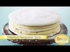 Bake With Anna Olson TV Show recipes on Food Network Canada; your exclusive source for the latest Bake With Anna Olson recipes and cooking guides. Food Network Uk, Food Network Canada, Food Network Recipes, French Meringue, Meringue Cake, Meringue Desserts, Easter Desserts, Holiday Desserts, Gastronomia