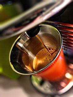 Guten Morgen…den regnerischen Montag begrüssen wir mit einem #Dharkan #Kaffee von @Nespresso #whatelse #jjcoffeetime #ShotoniPhone #iPhoneSE #CameraPlus #tadaacommunity
