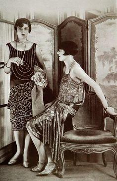 """Click image for 617 x 950 size. Robes du soir 1927 Les Modes (Paris) January 1927 """"Pour le soir"""" et """"Fete de nuit"""" Robes du Soir par Blanche Lebouvier"""