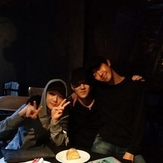 Sehun's Instagram with Suho and Kwanghee #EXO #ZE:A