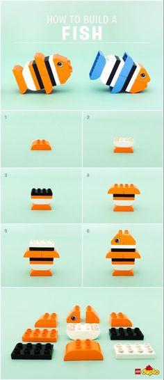How to turn a few LEGO® DUPLO® bricks into your own DIY educational toy or game for your toddler or preschooler to help them develop early childhood skills Lego Minecraft, Lego Moc, Minecraft Buildings, Minecraft Skins, Lego Club, Lego Design, Manual Lego, Legos, Lego Fish