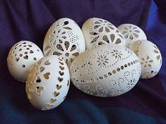 husacie madeirove kraslice Easter Art, Easter Eggs, Emu Egg, Egg Shell Art, Diy And Crafts, Arts And Crafts, Carved Eggs, Egg Tree, Shadow Art