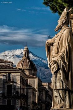 Catania, with Etna in the background. Catania Sicily, Sicily Italy, Catania Italia, Weather In Italy, Italy Tourism, Italy Magazine, Best Of Italy, Italy Vacation, Italy Trip