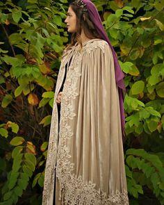 Daynara's cloak for going to The Dreadfort